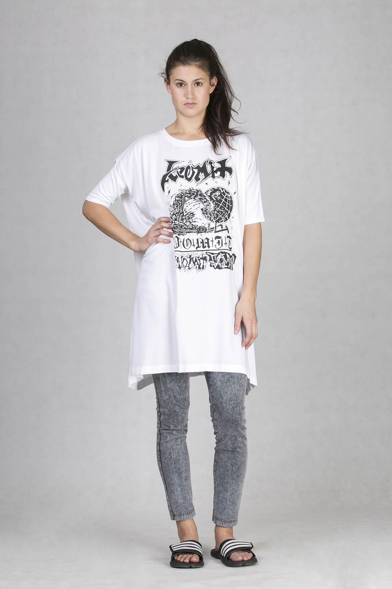oneday dámské tričko v prodloužené délce bílé s černým s potiskem z  limitované kolekce s českým umělcem Alexeyem Klyuykovem ba18b18716