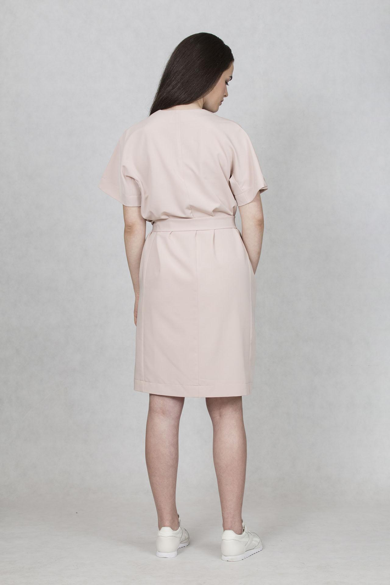41ef7eb96b65 Společenské šaty růžové barvě Oneday s decentním V výstřihem