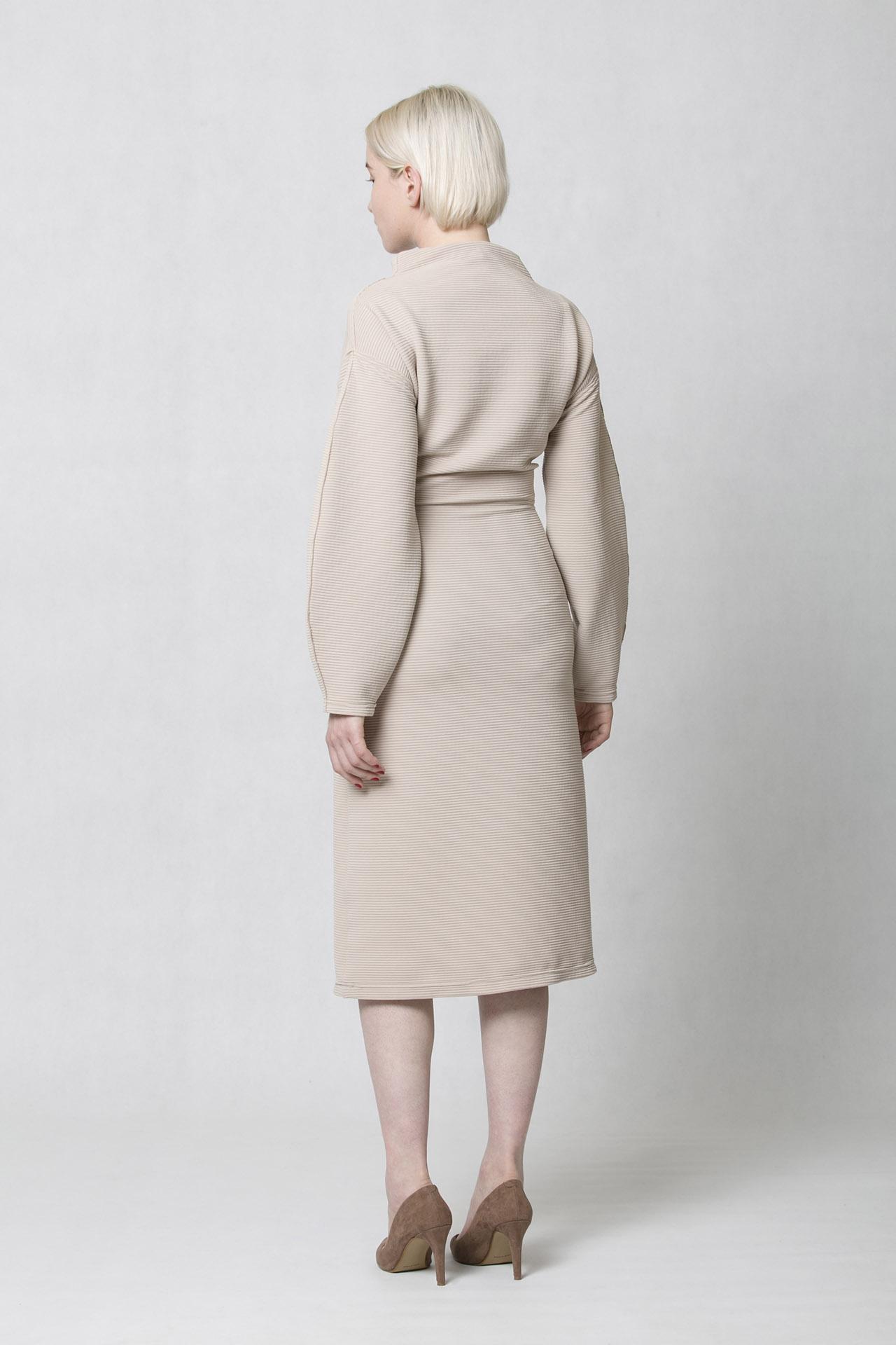 ONEDAY rib dress beige. Elegantní dámské šaty béžové s úzkou ... dcf6d845aa