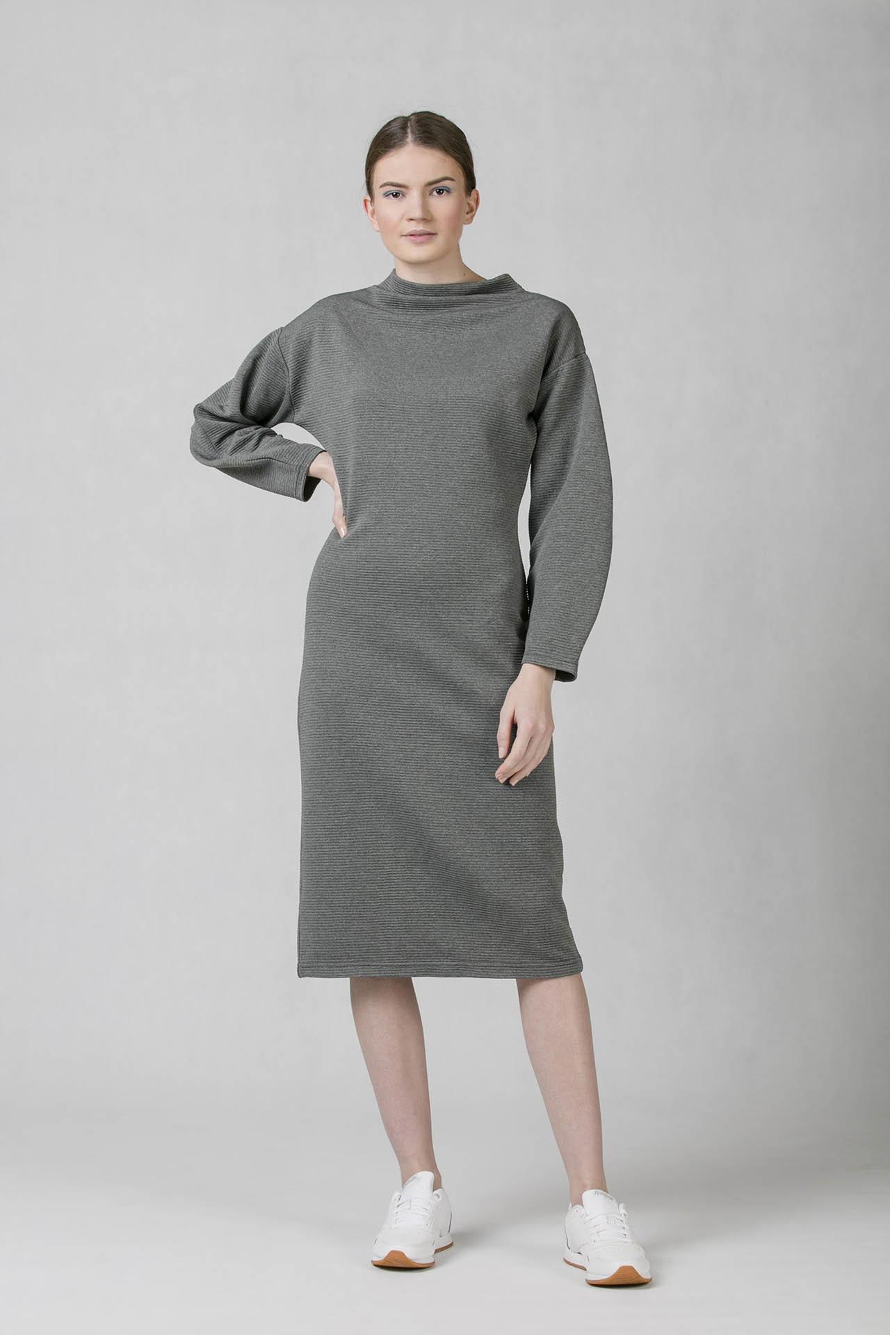 9543190e09c8 Dámské šaty šedé s dlouhým rukávem od české značky Oneday