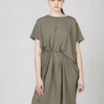 Variabilní šaty s vázačkou khaki