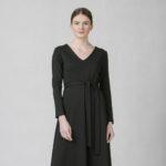 Šaty s áčkovou sukní černé
