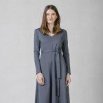 Šaty s áčkovou sukní modré